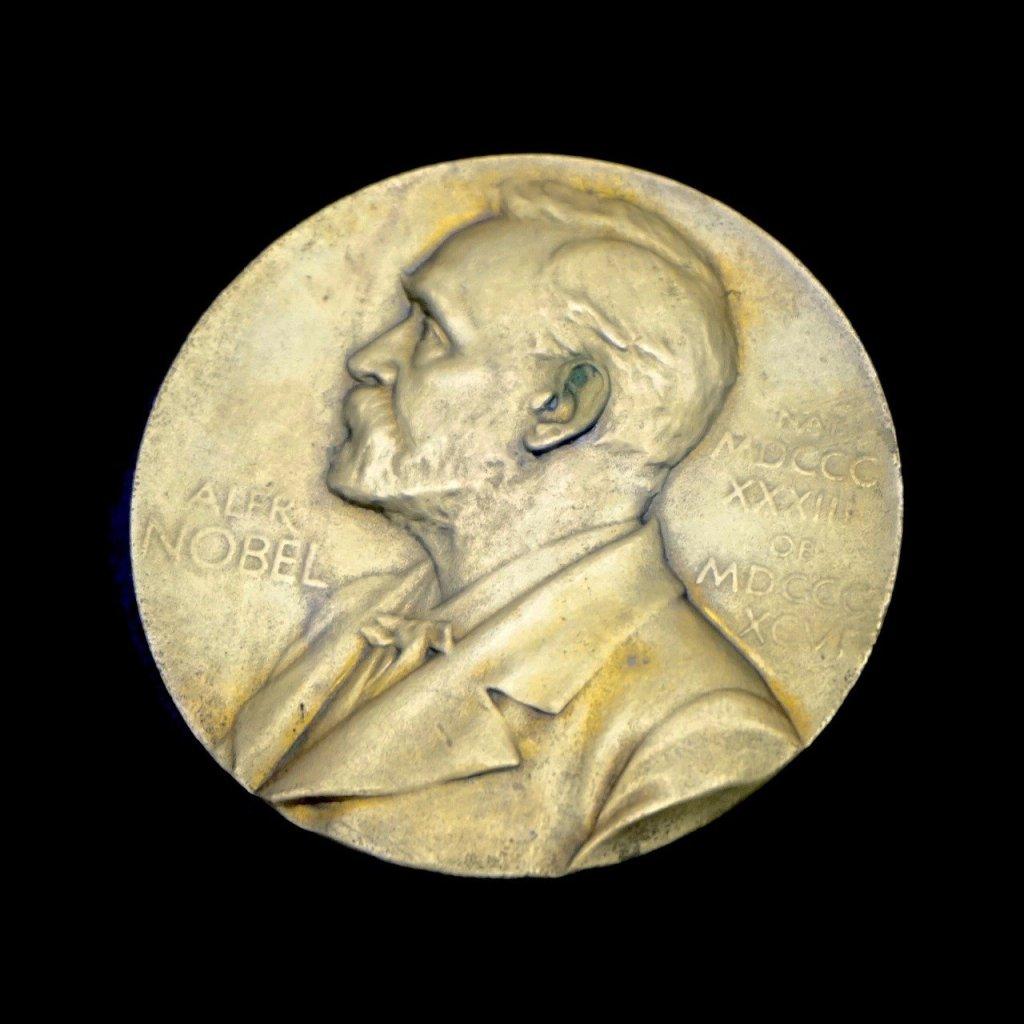 El premio Nobel y la poesía