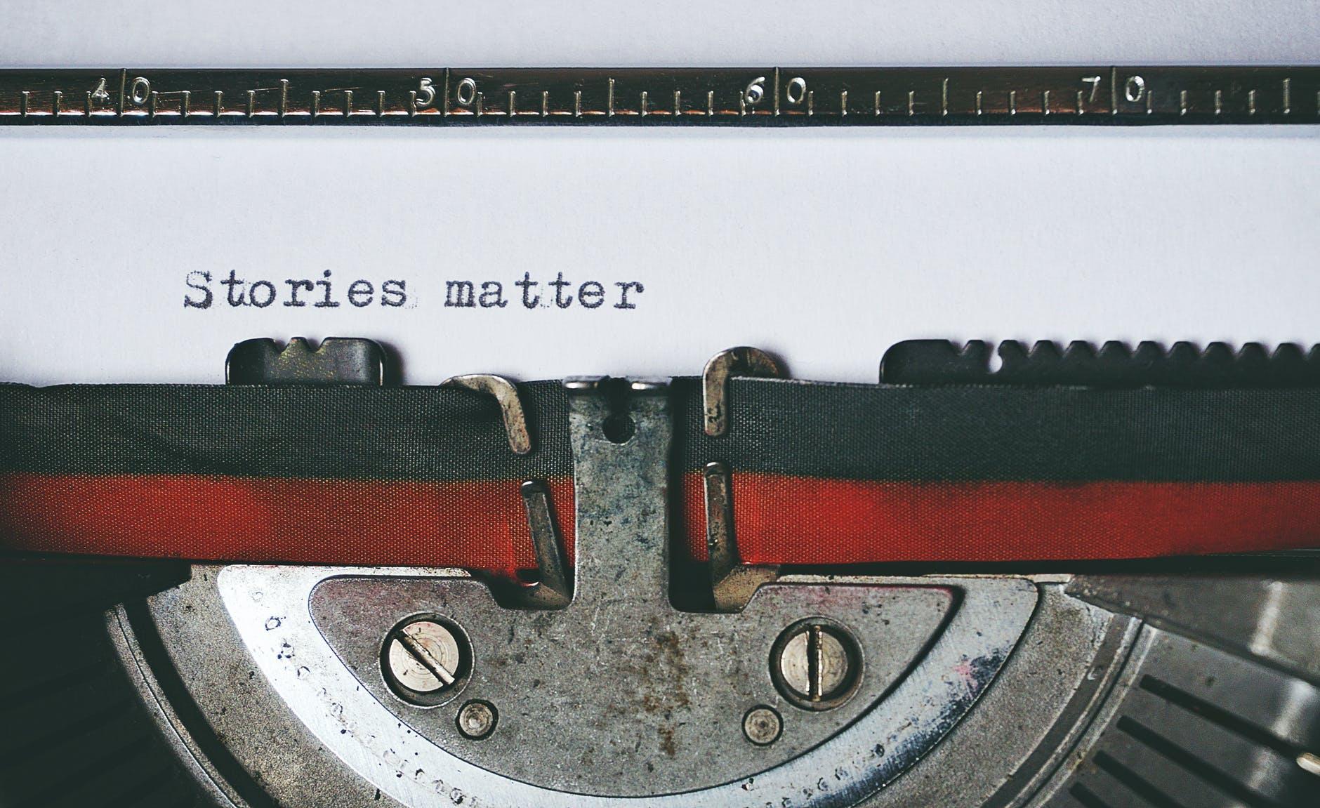 La Letra Escondida - Por qué leer y escribir poesía hoy, razones